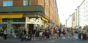 Skånegatan sommaren 2015, avstängd för biltrafik och öppen för folkliv. Foto: AnnVixen