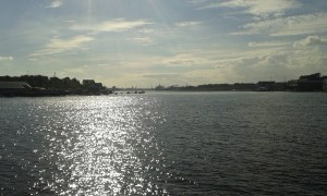 Floden Tyne med skeppsvarv. Foto: AnnVixen