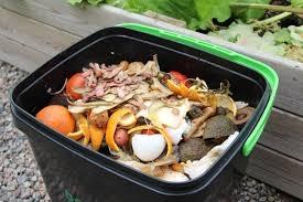 En Bohasi inomhus kompost.